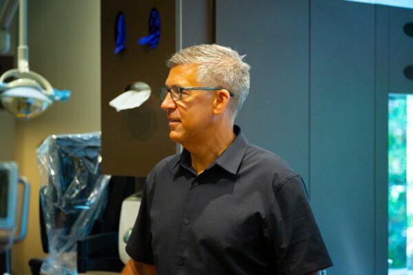 Doctor Candids Oceans Edge Orthodontics 2020 Nanaimo Canada Orthodontist 12 600x400 - Meet Dr. Murdoch