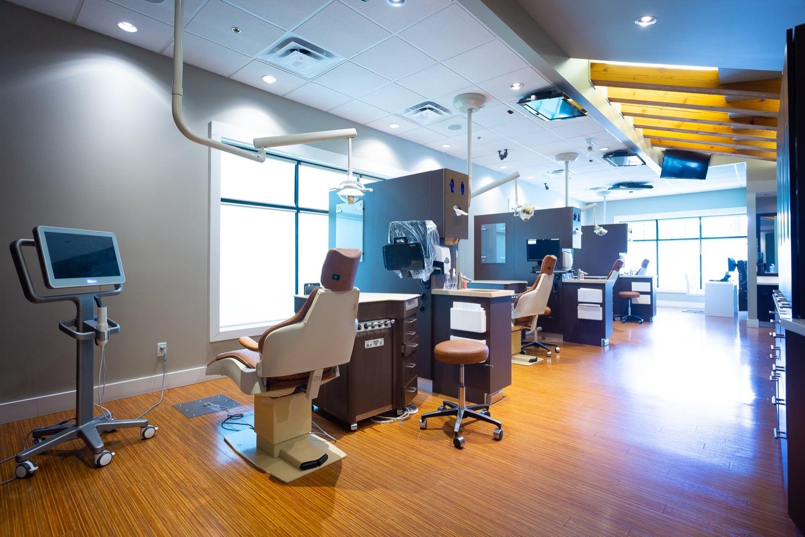 Office Interior Oceans Edge Orthodontics 2020 Nanaimo Canada Orthodontist 64 - Emergency Orthodontics