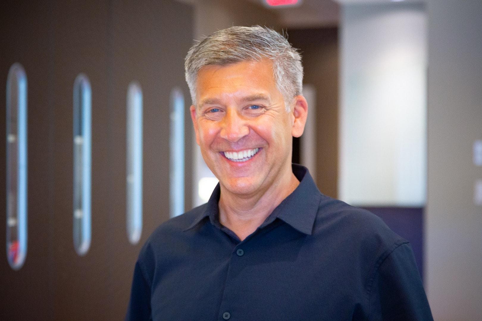 Portraits Oceans Edge Orthodontics 2020 Nanaimo Canada Orthodontist 3 - Meet Dr. Murdoch